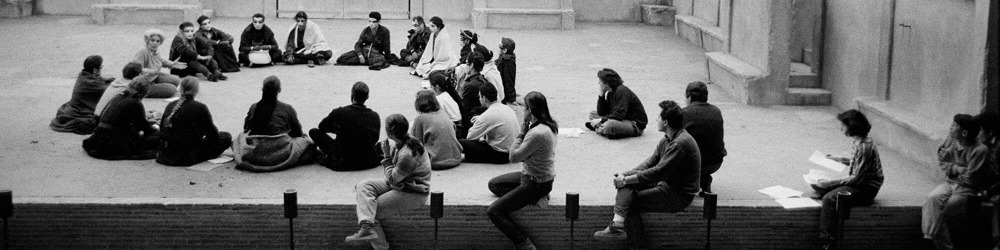 Au fil des jours Tribune d'Ariane Mnouchkine